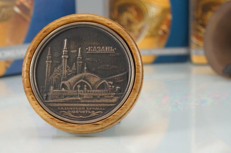 Сувениры и подарки из бронзы Медальон бронзовый КАЗАНЬ
