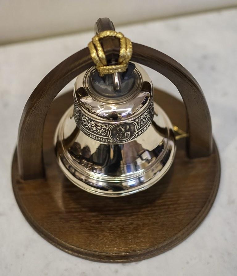 колокол в подарок
