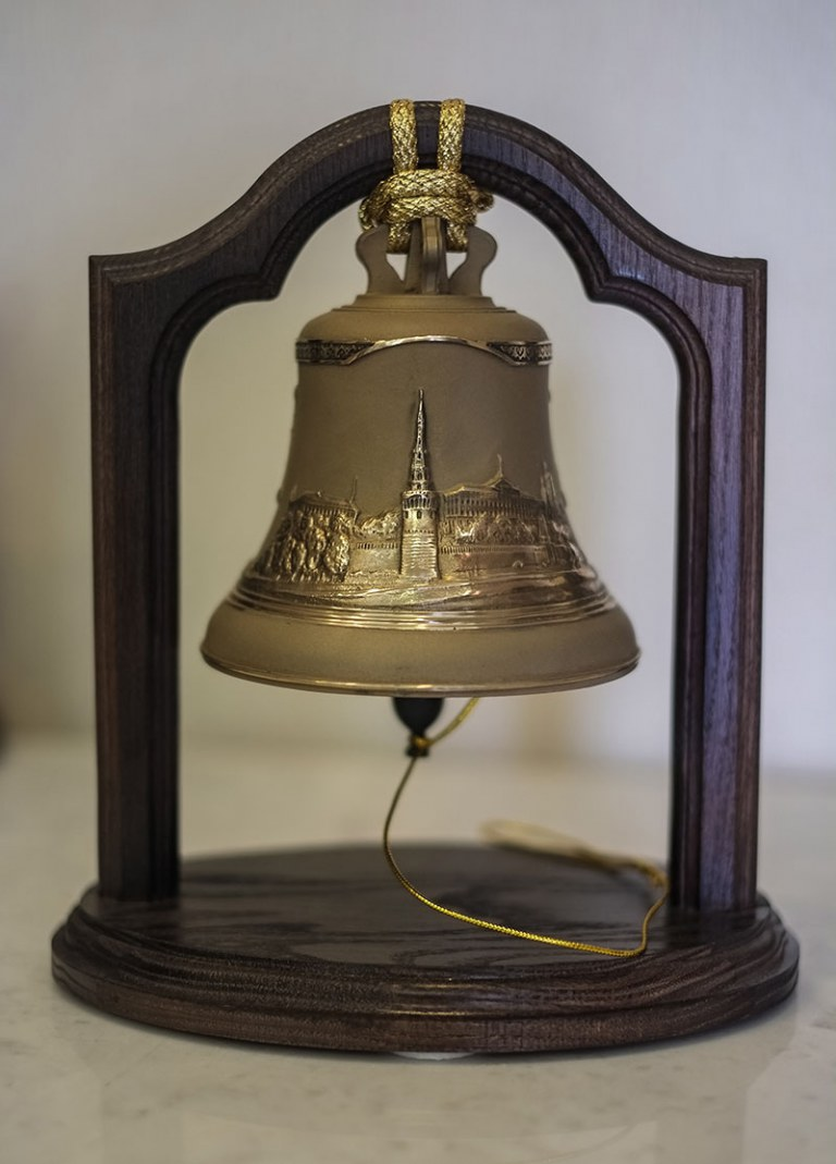 сувенирный колокол