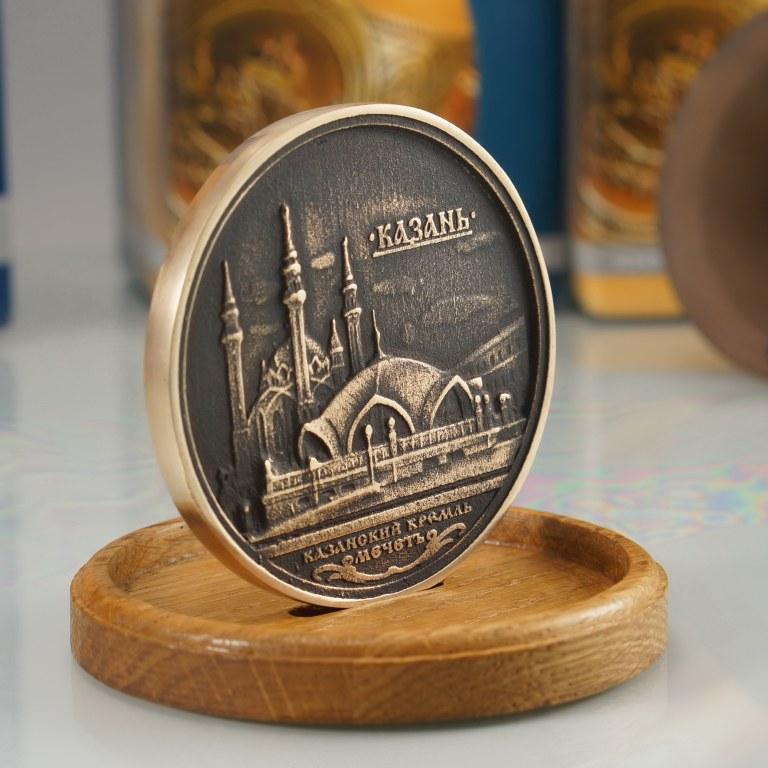 Сувениры и подарки из бронзы Медальон КАЗАНЬ