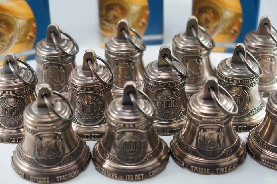 Уникальные подарки из бронзы. Сувениры из бронзы. Сувенирные колокола.
